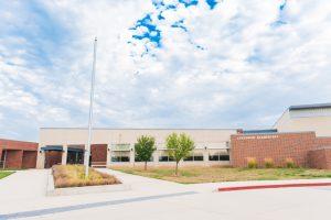Lakewood Elementary Exterior
